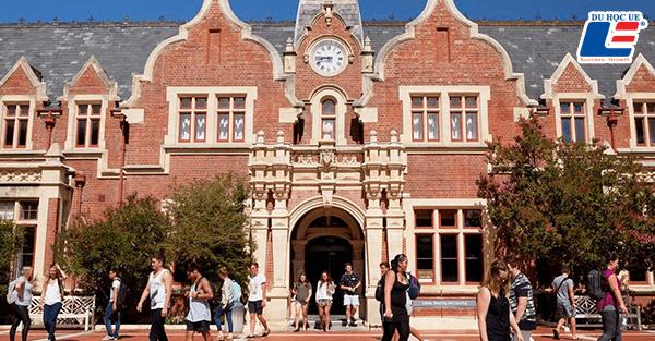 Trường Đại học Lincoln