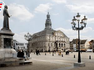 đại học maastricht