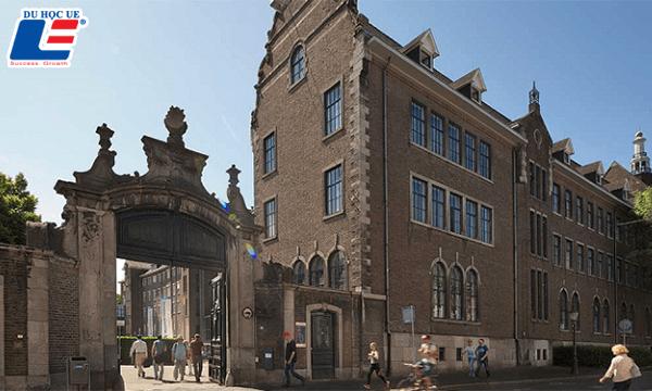 maastricht university hà lan