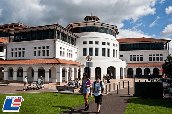 Trường Đại học Massey New Zealand hình 1