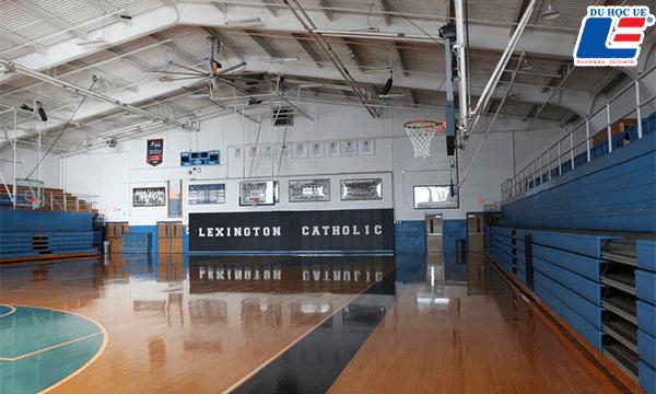 Amerigo Lexington – Lexington Catholic Hình 6