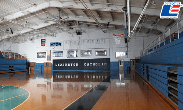 Amerigo Lexington – Lexington Catholic Hình 6
