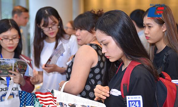 Triển lãm học bổng du học Mỹ 2019 hình 1