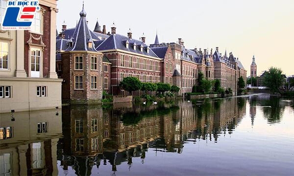Hague thành phố lớn của Hà Lan