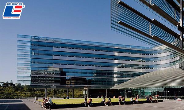 Học bổng Đại học Công nghệ Auckland