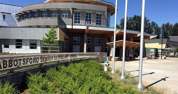 Trung học Abbotsford School District- top 5 trường thpt Canada