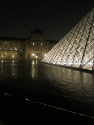 Thành phố Paris về đêm