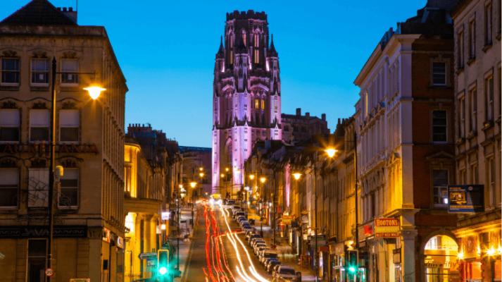 học bổng ngành ngôn ngữ của trường đại học Bristol