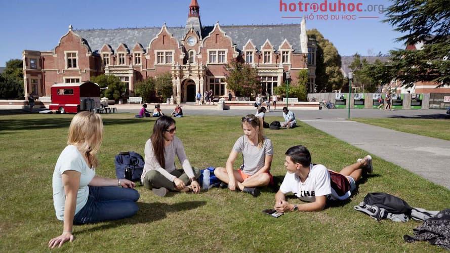 chi phí du học New Zealand hết nhiêu tiền?