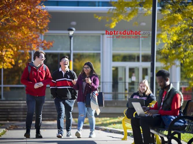 chi phí du học Canada bao nhiêu tiền?